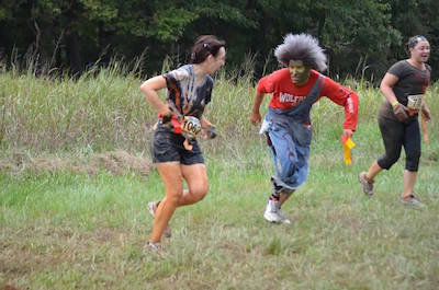 me running from zombie 1 400